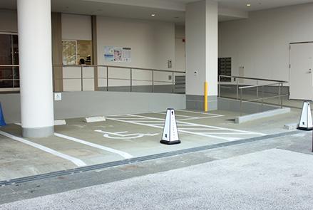各店舗による駐車場サービス